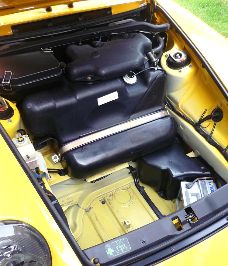 Porsche 993 Engine Lid: Jackals Racetrack